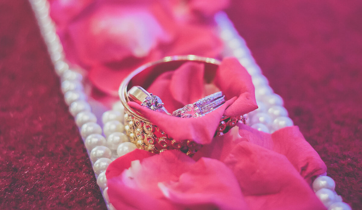 Destination wedding photographer Pune
